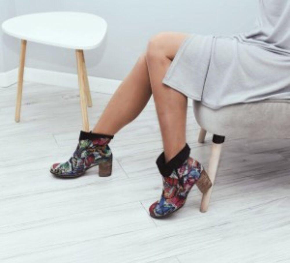 Zapato valódi bőr pillangó mintás női bokacsizma