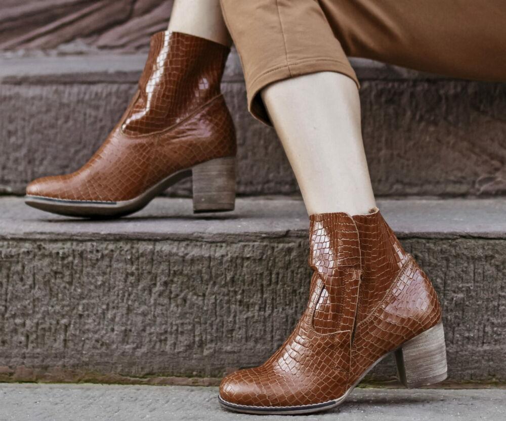 Zapato valódi bőr krokodil mintás női bokacsizma